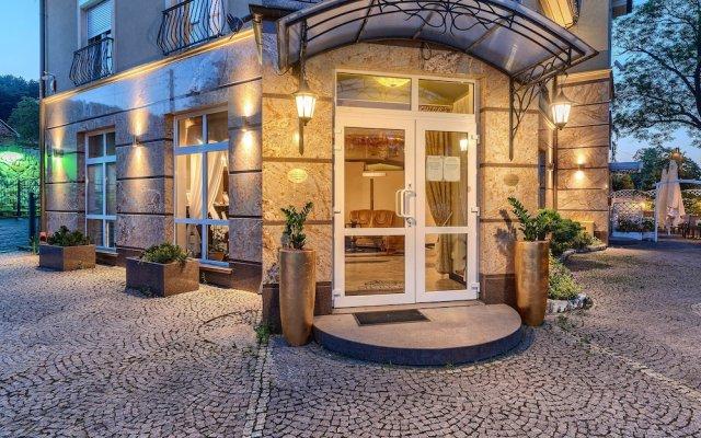 Отель Villa Palladium вид на фасад