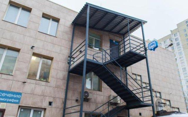 Гостиница Konkovo Hostel в Москве 7 отзывов об отеле, цены и фото номеров - забронировать гостиницу Konkovo Hostel онлайн Москва вид на фасад