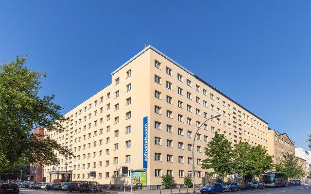 Отель a&o Berlin Mitte Германия, Берлин - 4 отзыва об отеле, цены и фото номеров - забронировать отель a&o Berlin Mitte онлайн вид на фасад