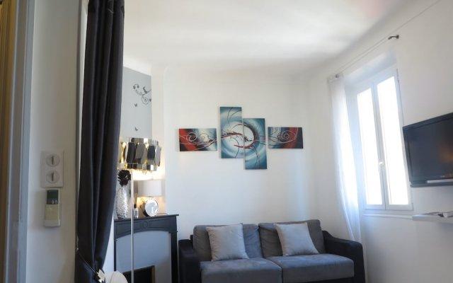Stylish and Modern 1 Bedroom 1