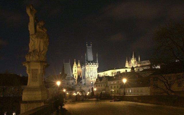 Отель Intercontinental Prague Прага вид на фасад