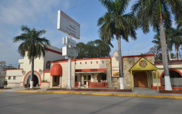 Отель Mision Ciudad Valles Мексика, Сьюдад-Вальес - отзывы, цены и фото номеров - забронировать отель Mision Ciudad Valles онлайн вид на фасад