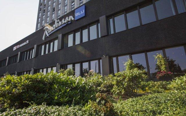Отель Radisson Blu Scandinavia Hotel, Copenhagen Дания, Копенгаген - 2 отзыва об отеле, цены и фото номеров - забронировать отель Radisson Blu Scandinavia Hotel, Copenhagen онлайн вид на фасад