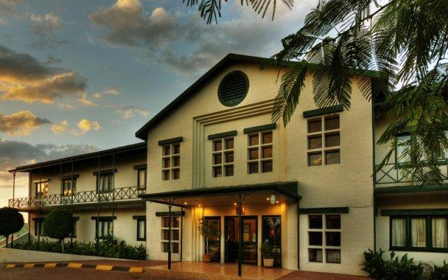 Kamanga Safari Hotel