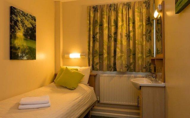 Отель Stableside @ York Racecourse комната для гостей