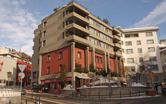 Отель Hauser Swiss Quality Hotel Швейцария, Санкт-Мориц - отзывы, цены и фото номеров - забронировать отель Hauser Swiss Quality Hotel онлайн вид на фасад