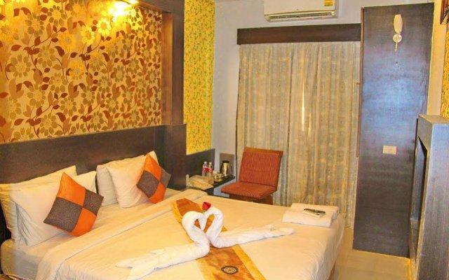 Отель Central Place Hotel Таиланд, Паттайя - 1 отзыв об отеле, цены и фото номеров - забронировать отель Central Place Hotel онлайн вид на фасад