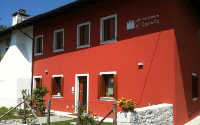 Отель Affittacamere Al castello Корденонс вид на фасад