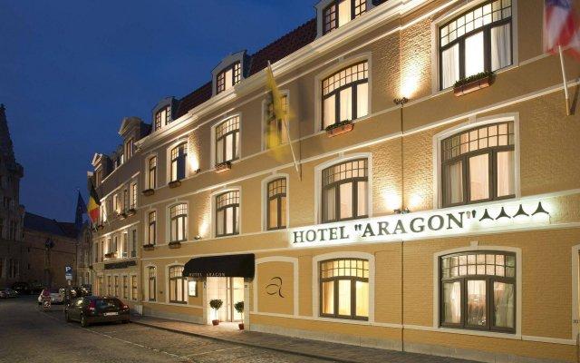 Отель Aragon Hotel Бельгия, Брюгге - 4 отзыва об отеле, цены и фото номеров - забронировать отель Aragon Hotel онлайн вид на фасад