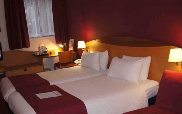 Waterloo Hub Hotel & Suites Лондон комната для гостей
