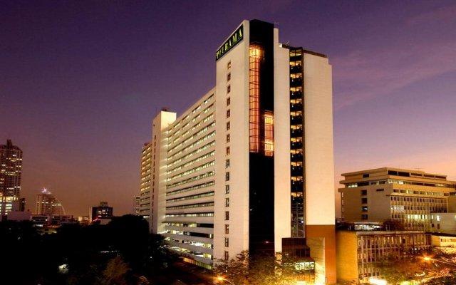 Отель Furama Silom, Bangkok вид на фасад