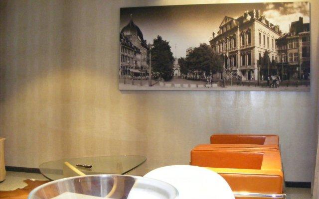 Отель Amosa Liège City Centre Apart Gerardrie 23 Бельгия, Льеж - отзывы, цены и фото номеров - забронировать отель Amosa Liège City Centre Apart Gerardrie 23 онлайн комната для гостей