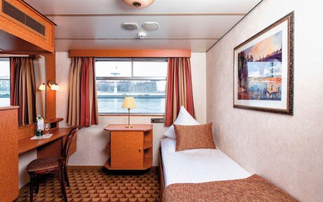 Отель Crossgates Hotelship 3 Star - Messe - Köln Германия, Кёльн - отзывы, цены и фото номеров - забронировать отель Crossgates Hotelship 3 Star - Messe - Köln онлайн комната для гостей