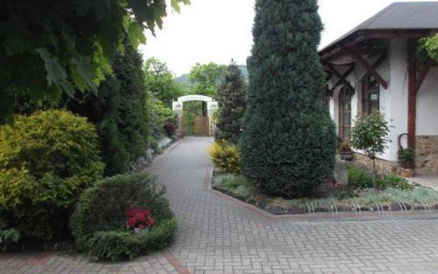 Hotel Penzion Srdíčko Бенешов-над-Плоучницей