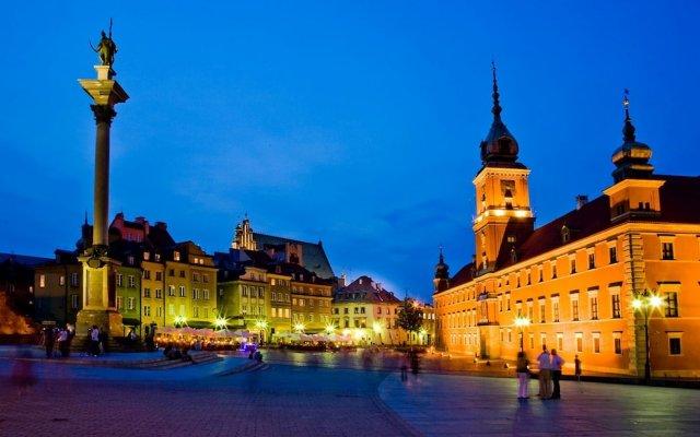 Отель Castle Inn Варшава вид на фасад