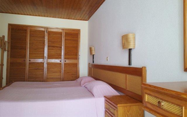 Отель Albufeira Sea View Terrace by Rentals in Algarve (21) комната для гостей
