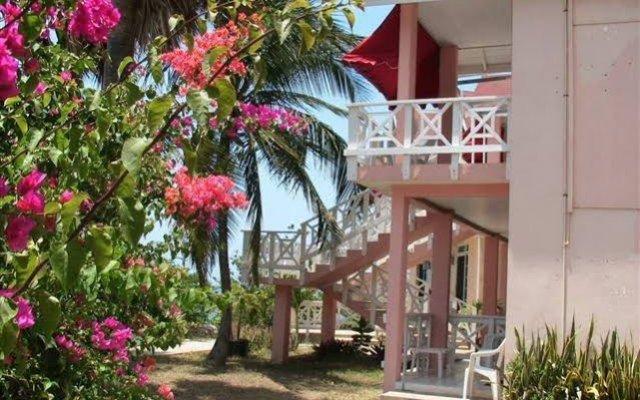 Treasure Beach Hotel Треже-Бич вид на фасад