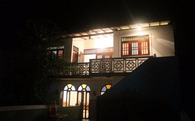 Отель Jungle Guest House Шри-Ланка, Галле - отзывы, цены и фото номеров - забронировать отель Jungle Guest House онлайн вид на фасад