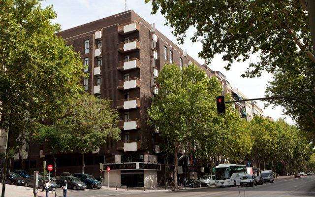 Отель Agumar Hotel Испания, Мадрид - 2 отзыва об отеле, цены и фото номеров - забронировать отель Agumar Hotel онлайн вид на фасад