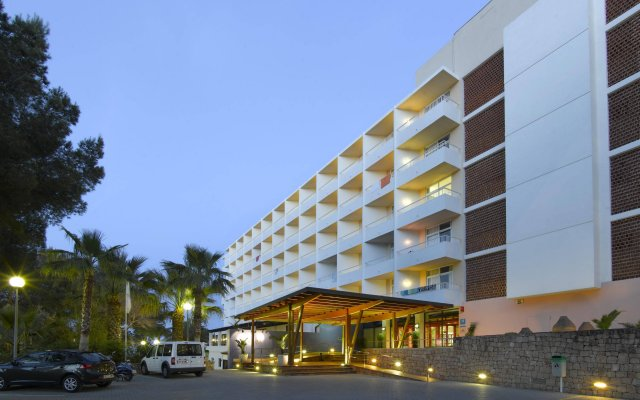 Bless Hotel Ibiza, a member of The Leading Hotels of the World вид на фасад