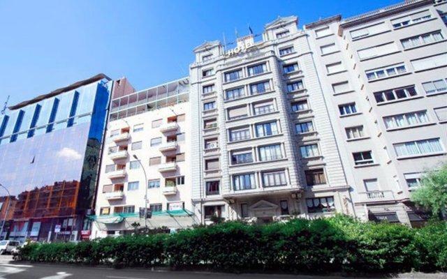 Hotel Via Augusta вид на фасад