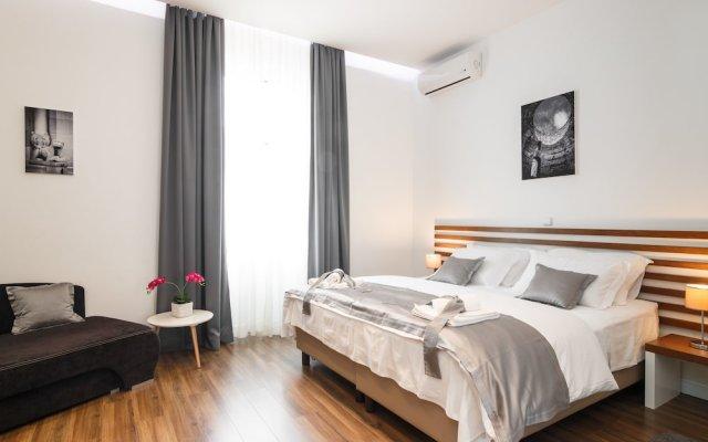 Отель Prima Luxury Rooms вид на фасад
