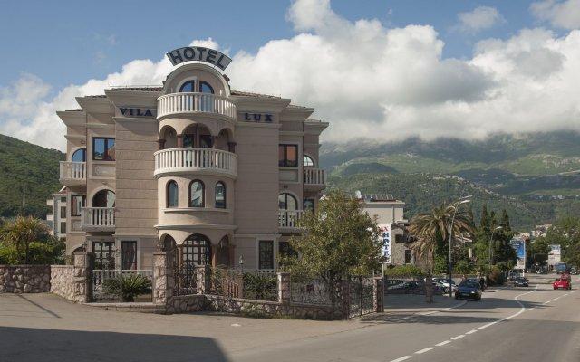Vila Lux Hotel вид на фасад