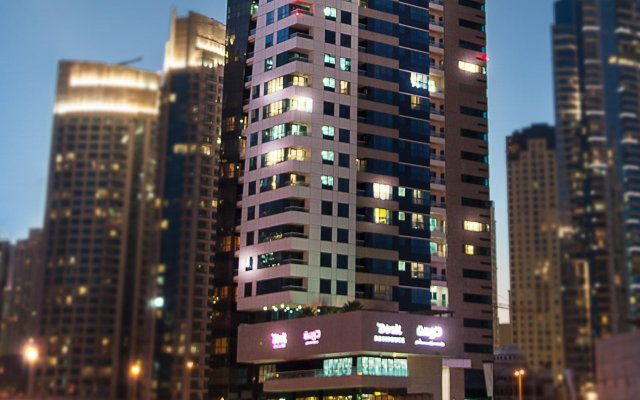Dusit Residence Dubai Marina Hotel вид на фасад