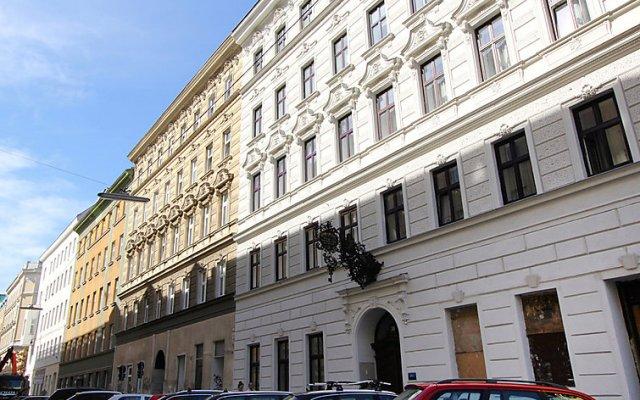 Отель Urban-Loritz Австрия, Вена - отзывы, цены и фото номеров - забронировать отель Urban-Loritz онлайн вид на фасад