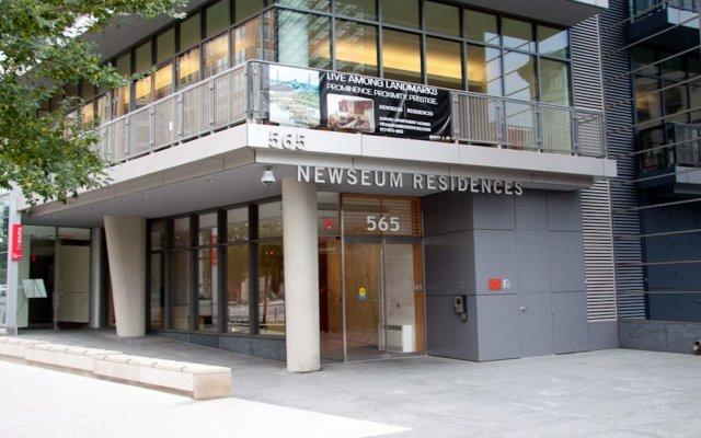 Отель Bridgestreet at Newseum Residences вид на фасад