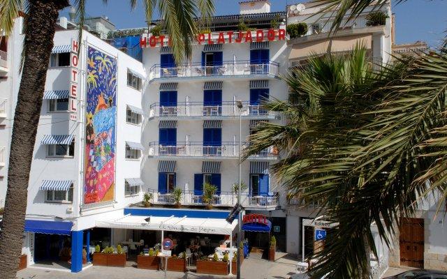 Отель Platjador вид на фасад