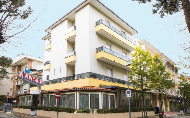Отель Nancy Италия, Риччоне - отзывы, цены и фото номеров - забронировать отель Nancy онлайн вид на фасад