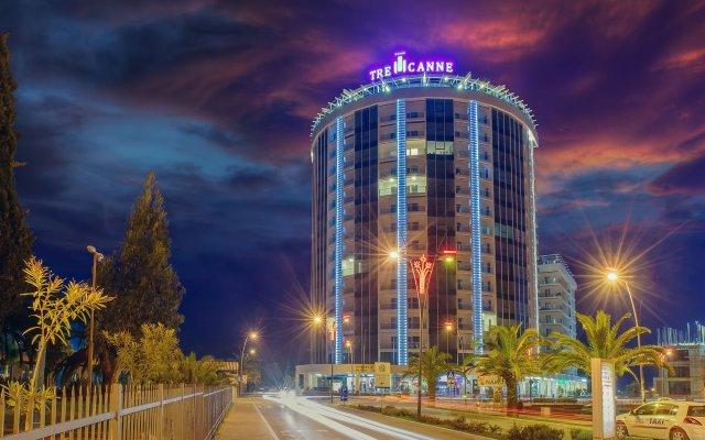 Отель Tre Canne вид на фасад