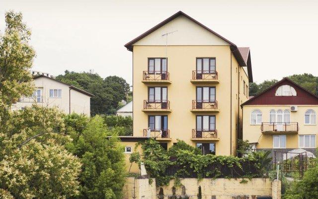Гостиница Гостевой дом Барса в Сочи 13 отзывов об отеле, цены и фото номеров - забронировать гостиницу Гостевой дом Барса онлайн вид на фасад