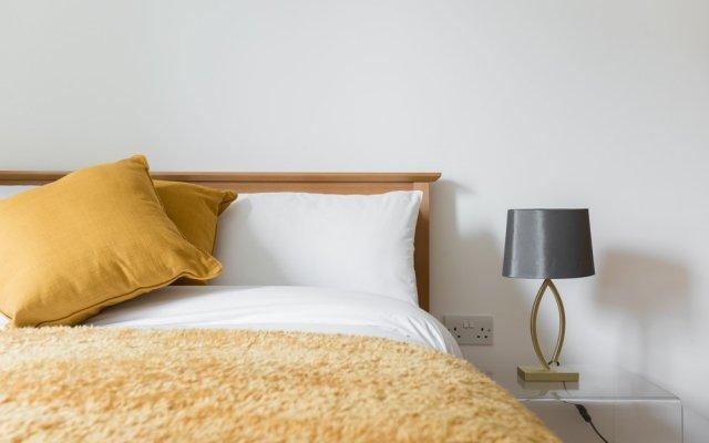 Отель Platinum Apartments Next to Victoria Station 9981 Великобритания, Лондон - отзывы, цены и фото номеров - забронировать отель Platinum Apartments Next to Victoria Station 9981 онлайн вид на фасад