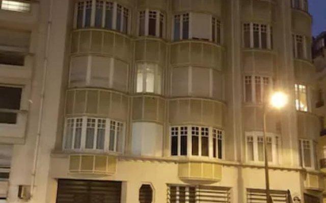Апартаменты Studio Apartment Near The Eiffel Tower вид на фасад