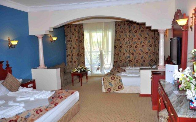 Titanic Palace Hotel - All Inclusive комната для гостей