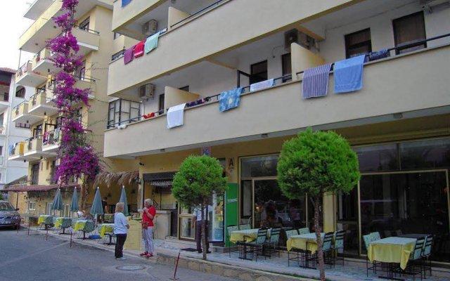Kleopatra Carina Hotel вид на фасад