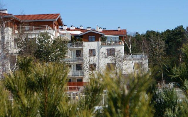 Апартаменты IRS ROYAL APARTMENTS - IRS Neptun Park вид на фасад