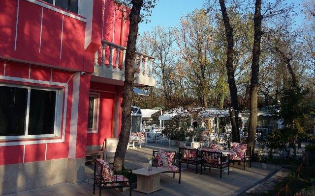 Отель Afrodita Dimitrovgrad Bulgaria Болгария, Димитровград - отзывы, цены и фото номеров - забронировать отель Afrodita Dimitrovgrad Bulgaria онлайн вид на фасад