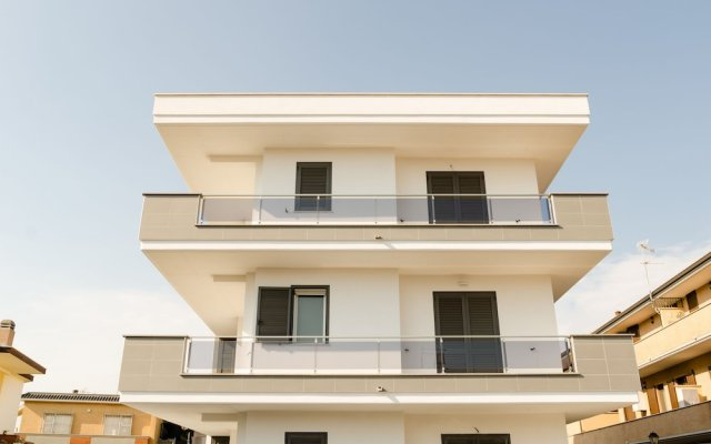 Отель FCO Luxury Apartments Италия, Фьюмичино - отзывы, цены и фото номеров - забронировать отель FCO Luxury Apartments онлайн