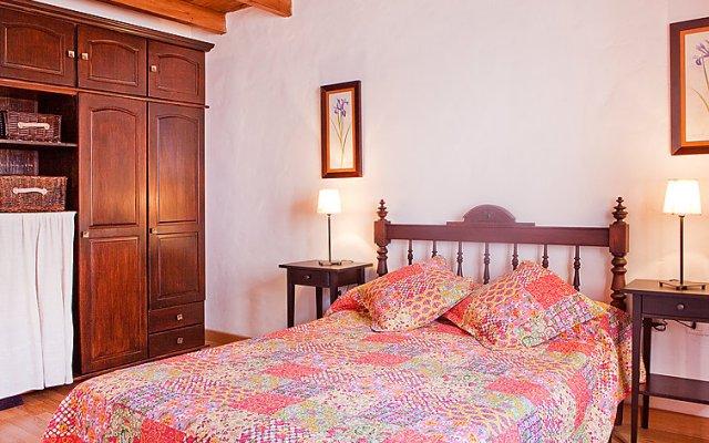 Отель de Aitana комната для гостей