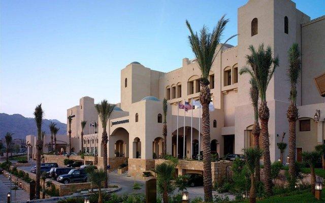 Отель InterContinental Resort Aqaba вид на фасад