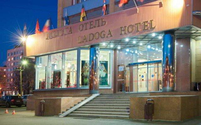 Гостиница Ладога в Санкт-Петербурге 5 отзывов об отеле, цены и фото номеров - забронировать гостиницу Ладога онлайн Санкт-Петербург вид на фасад
