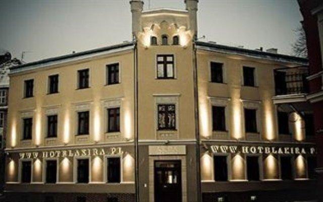 Отель Akira Bed & Breakfast Польша, Вроцлав - отзывы, цены и фото номеров - забронировать отель Akira Bed & Breakfast онлайн вид на фасад
