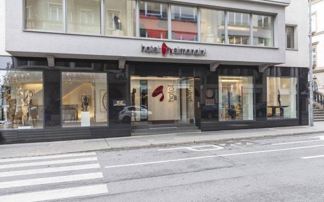 Hotel Simoncini вид на фасад