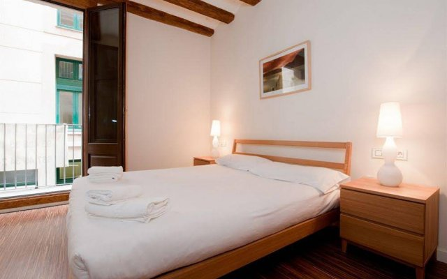 Отель Dailyflats Ramblas Charm Boqueria Испания, Барселона - отзывы, цены и фото номеров - забронировать отель Dailyflats Ramblas Charm Boqueria онлайн комната для гостей