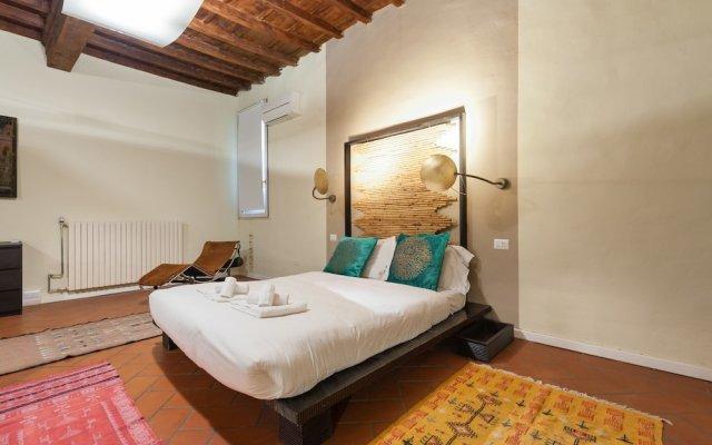 Отель Short-let Florence Charming Suite Флоренция комната для гостей