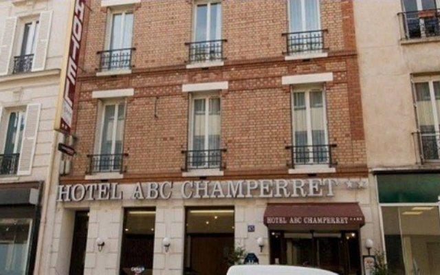 Отель Brit Hôtel Abc Champerret вид на фасад