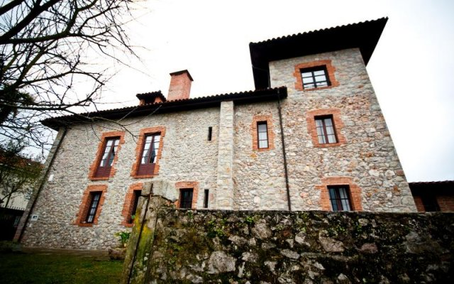 Hotel Villa Miramar вид на фасад